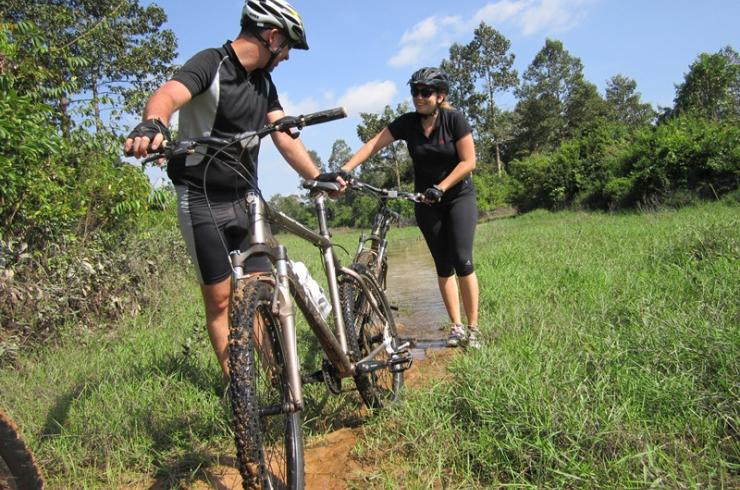 INSIGHT INTO CAMBODIA BIKING