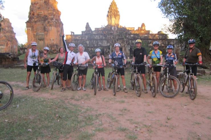 MAJESTIC ANGKOR WONDER BIKING