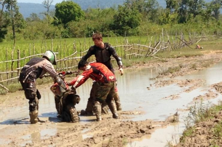 CAMBODIA DIRT BIKE OFF ROAD